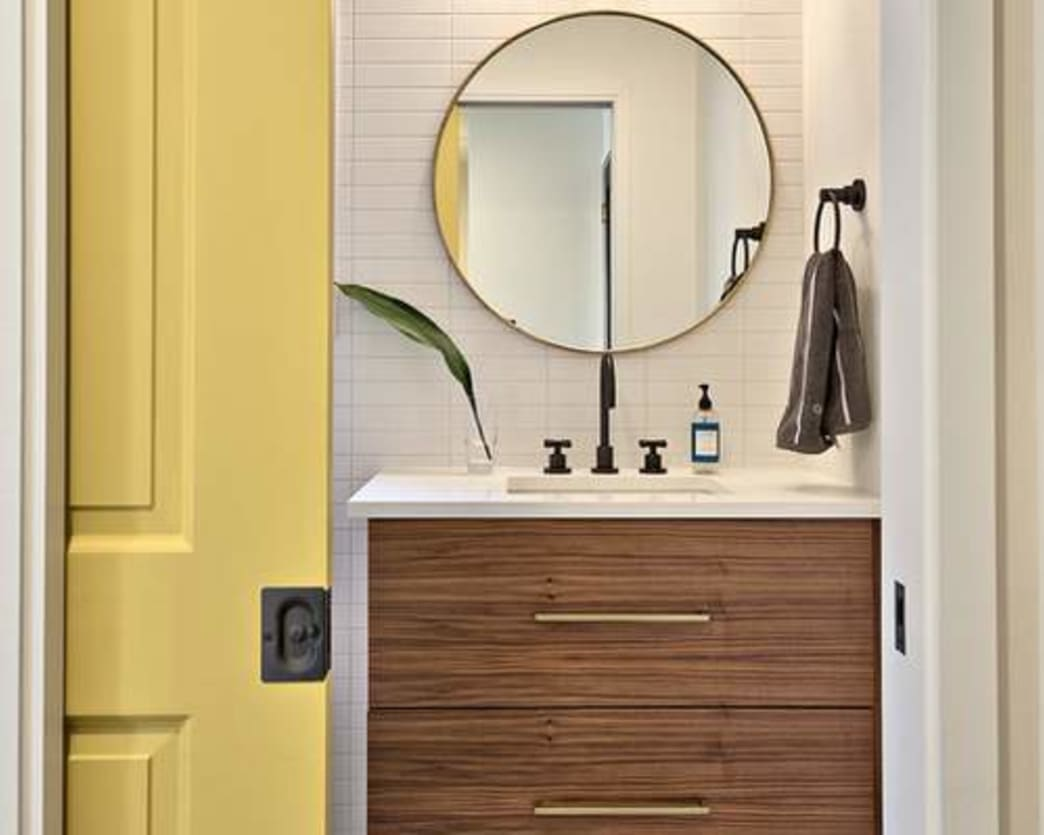 The 6 Best Bathroom Organization Hacks